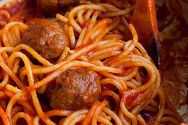 Spaghetti with meatballs all'amatriciana